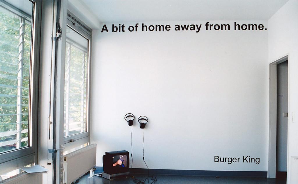 A_bit_of_home_Ausstellungsraum